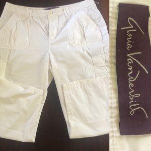 Gloria Vanderbilt cropped cargo pants